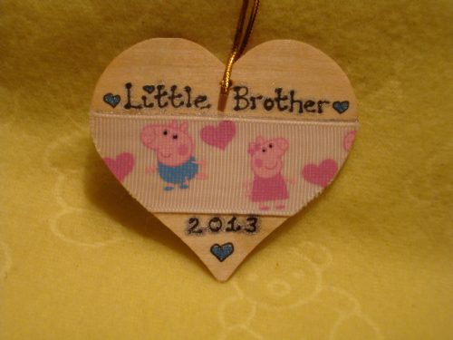 Personalised Peppa Pig & George Ribbon Embellshed Heart Any Name Phrasing Christmas Decoration Tree Hanger